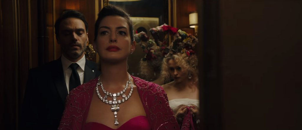 Anne Hathaway looks gorgeous as a, well, Hollywood actress in Ocean's 8.