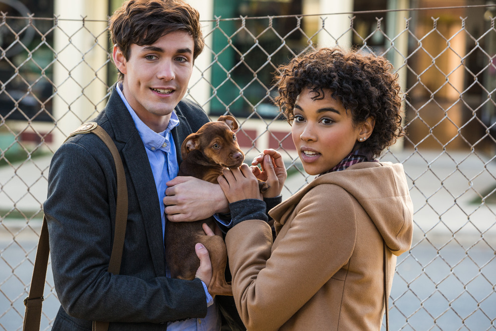 Lucas (Jonah Hauer-King) & Olivia (Alexandra Shipp) with baby Bella in Columbia Pictures' A DOG'S WAY HOME. | The Little Binger